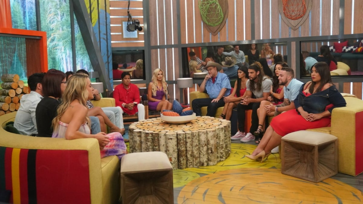 BB21 Cast In BB21 Living Room