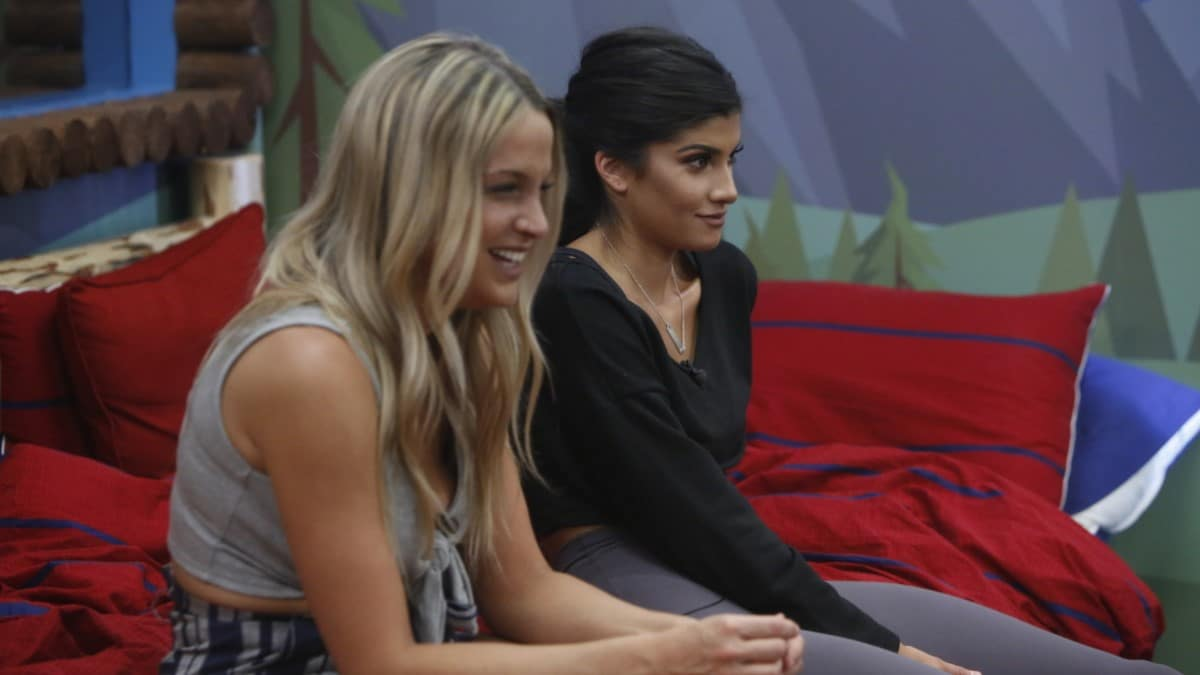 Christie And Analyse On BB21