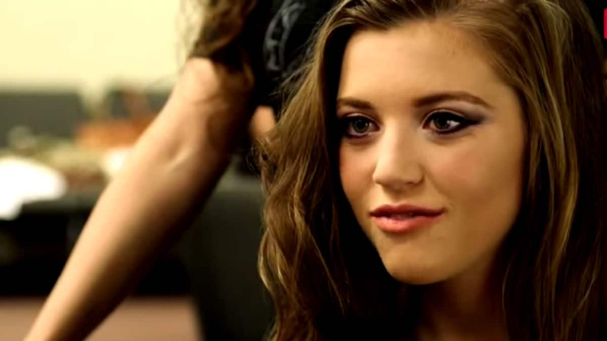 Joy-Anna Duggar getting ready for her wedding day on Counting On.