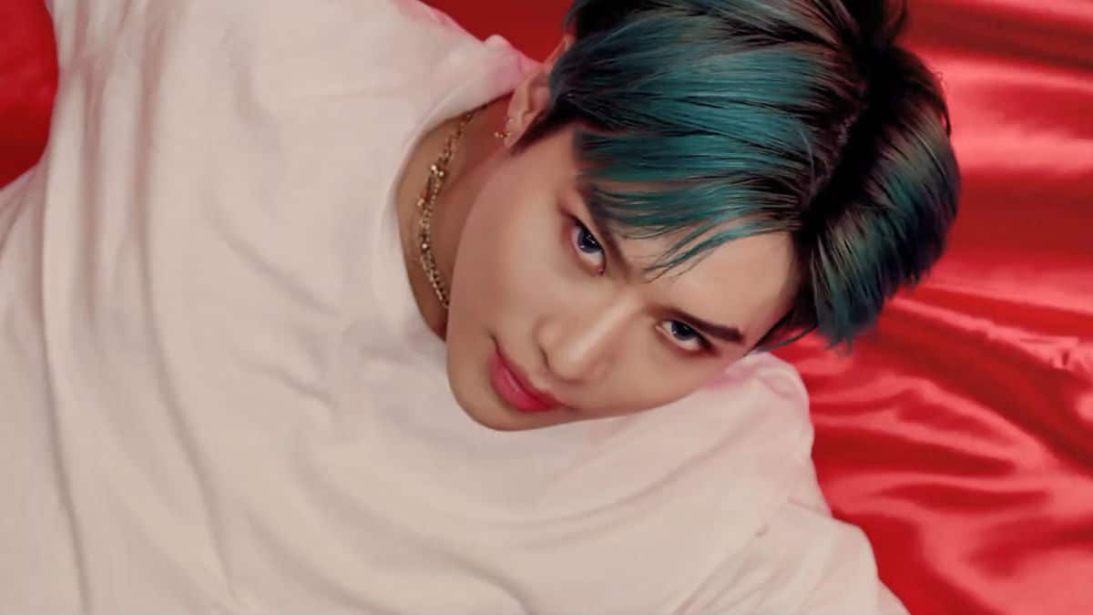 TAEMIN of SHINee unleashes music video for Famous, the