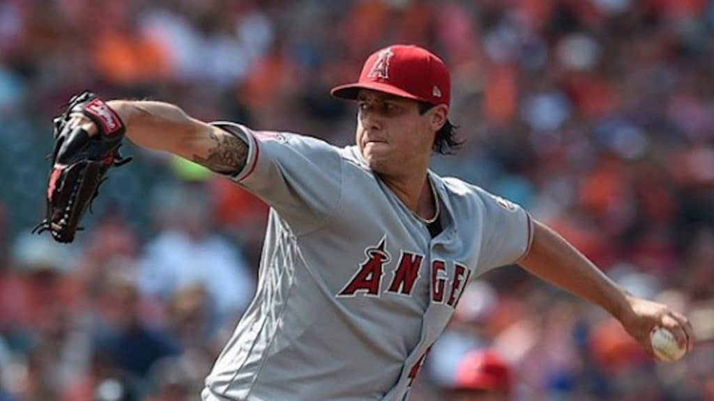 tyler skaggs pitching for the los angeles angels