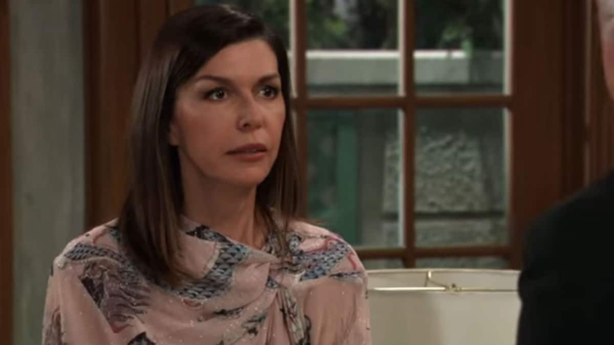 Finola Hughes as Anna on General Hospital.