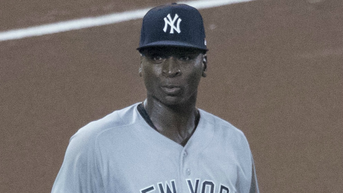 didi gregorius was on the bench for the yankees game on friday