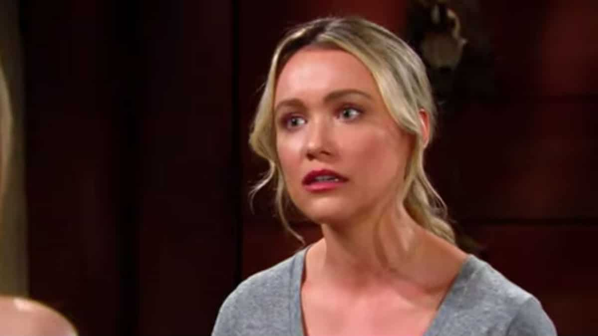 Katrina Bowden as Flo on The Bold and the Beautiful.