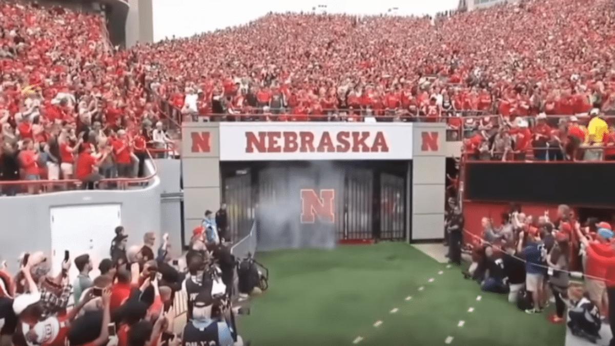 Huskers Football 2019 - Cornhuskers football schedule 2019: Latest odds favor Nebraska this season
