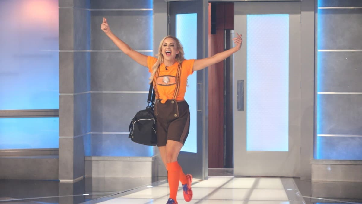 Kat Evicted From BB21