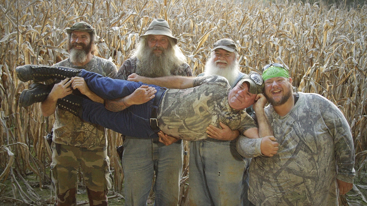 The Team has fun before learning what lurks in the cornfield. Pic credit: Discovery/Travl Channel