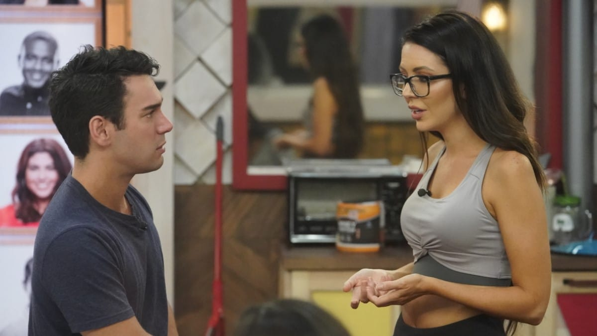 Tommy And Holly On BB21