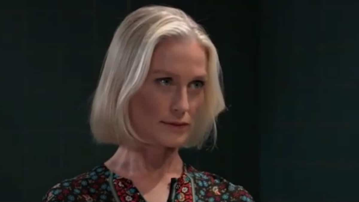 Jessica Tuck as Cassandra on General Hospital.