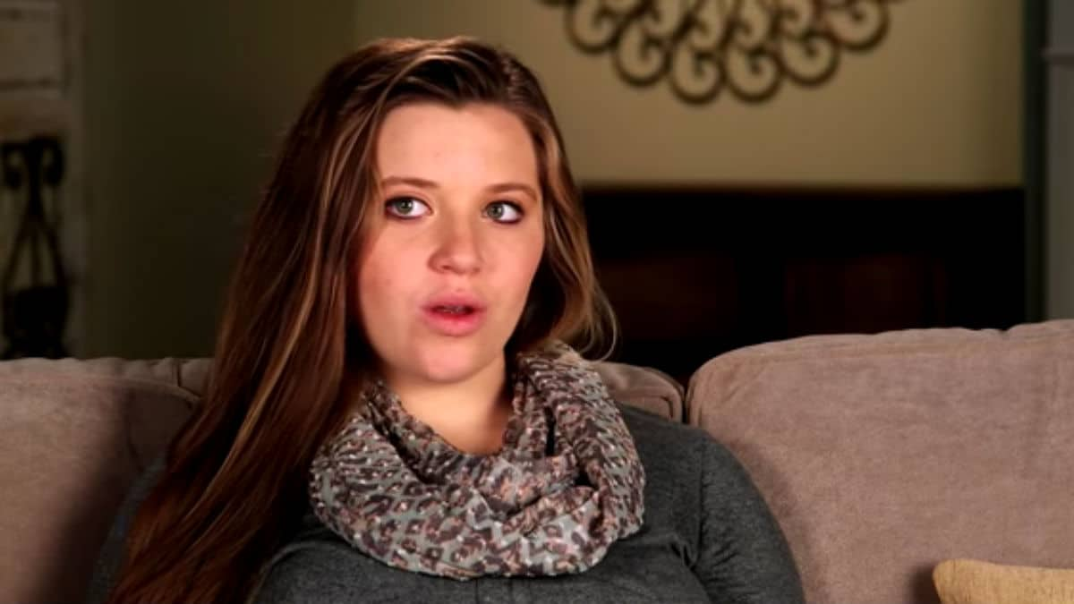Joy-Anna Duggar in a Counting On confessional