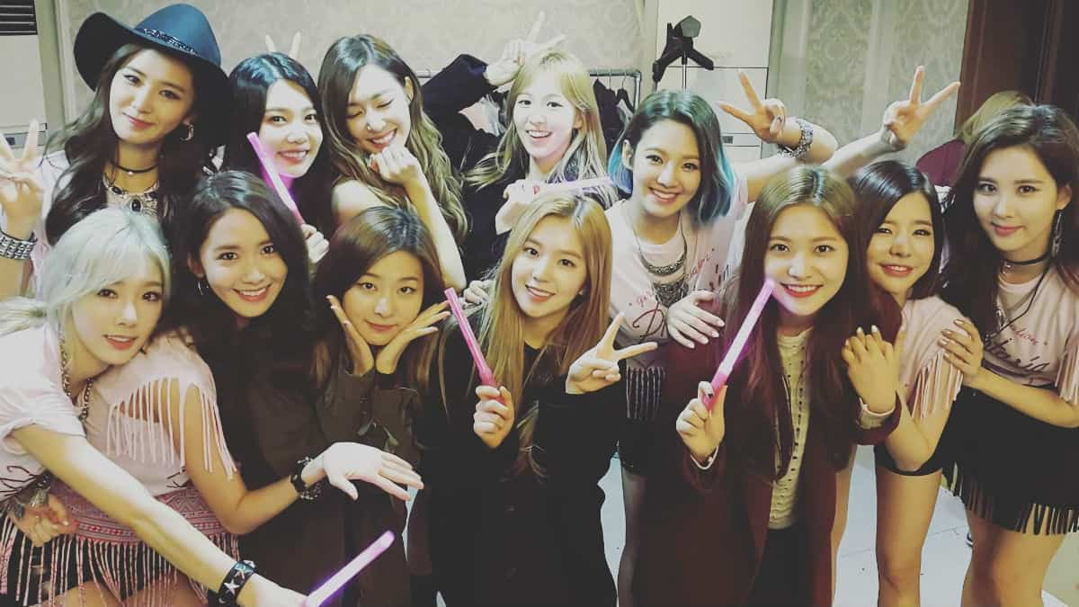 Girls Generation and Red Velvet