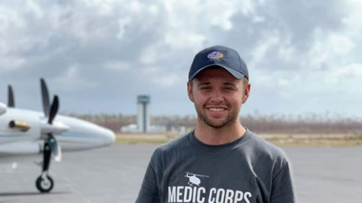 Jason Duggar helping with Bahamas relief.