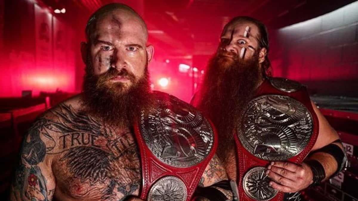 Viking Raiders win the WWE Raw Tag Team Championship