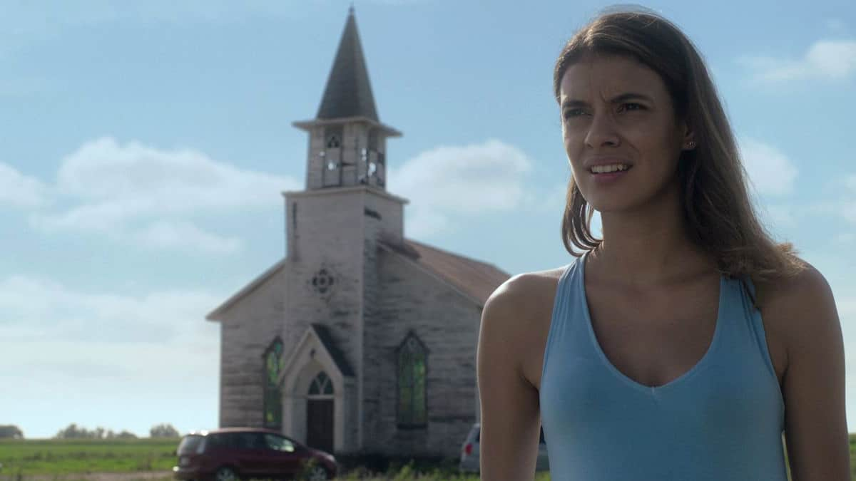 Laysla De Oliveira in Netflix's In the Tall Grass