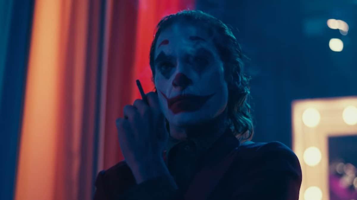 joaquin phoenix stars in joker movie 2019