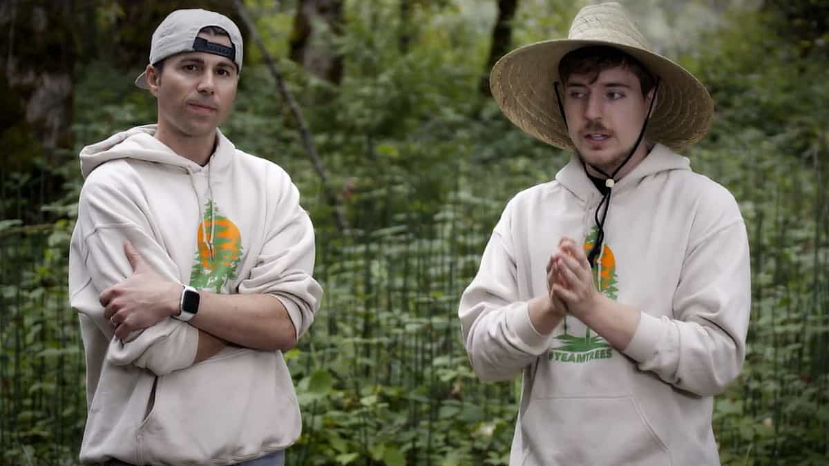Rober and McBeast are YouTube stars who have hitched their wagon to DiscoveryGO and aim to plant 20 million trees. Pic credit: DiacoveryGO