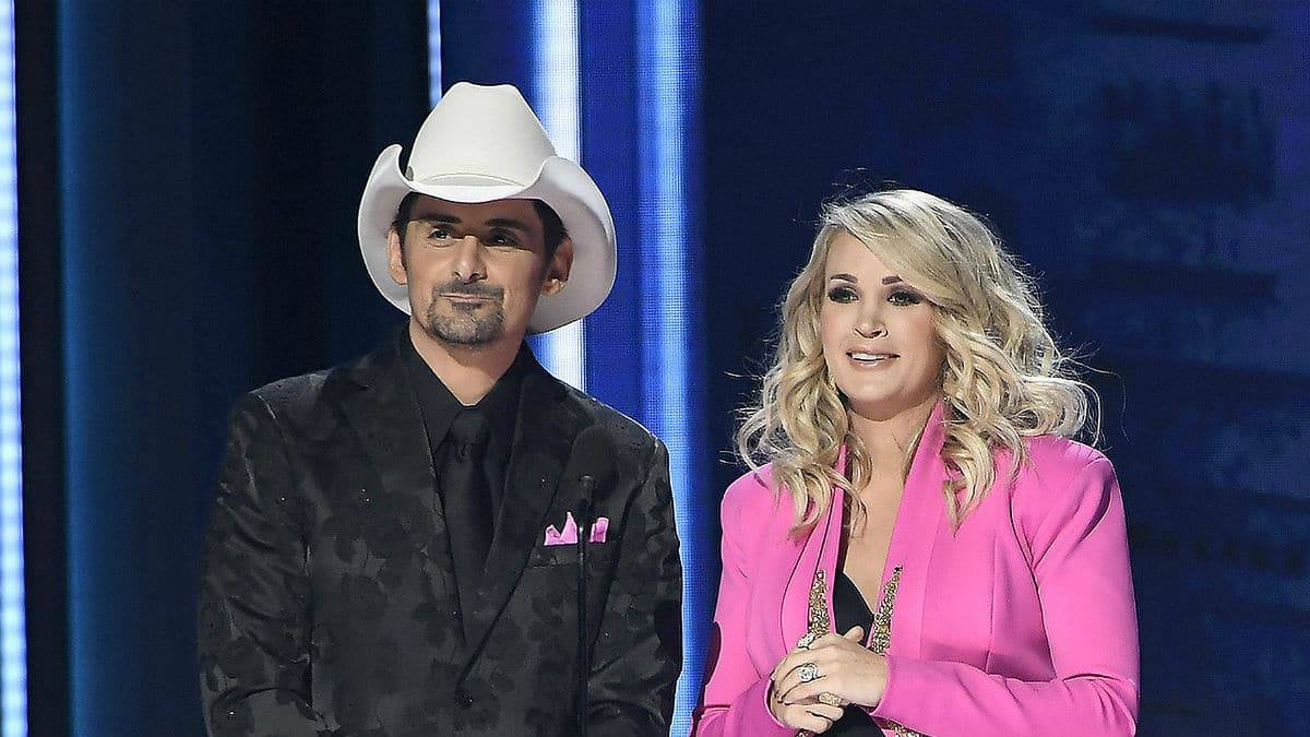 Brad Paisley was missing from the CMA Awards.