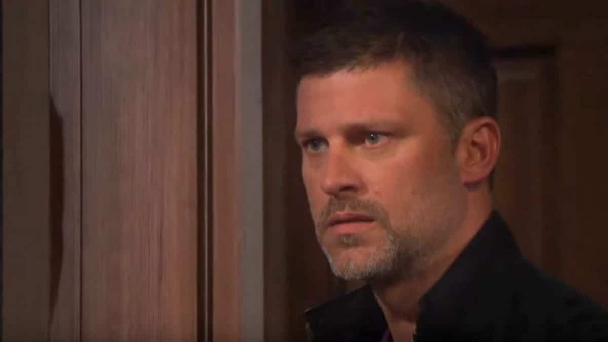 Days our Lives spoilers tease major daddy issues.