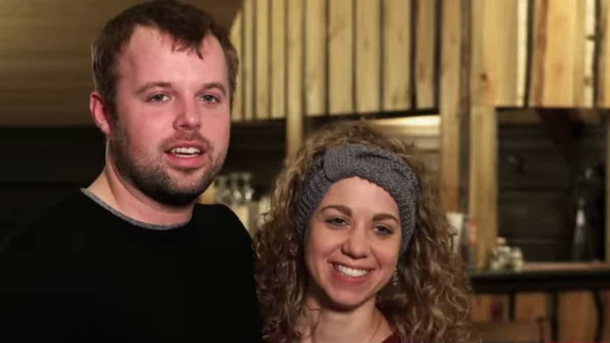 John-David Duggar and Abbie Grace Burnett on Counting On.
