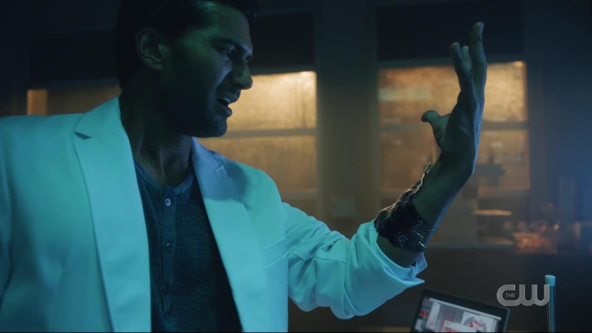 Sendhil Ramamurthy as Ramsey Rosso reacts in horror as dark matter takes over his body on The Flash season six. Pic credit: The CW