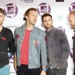 Coldplay posing at MTV Europe Awards