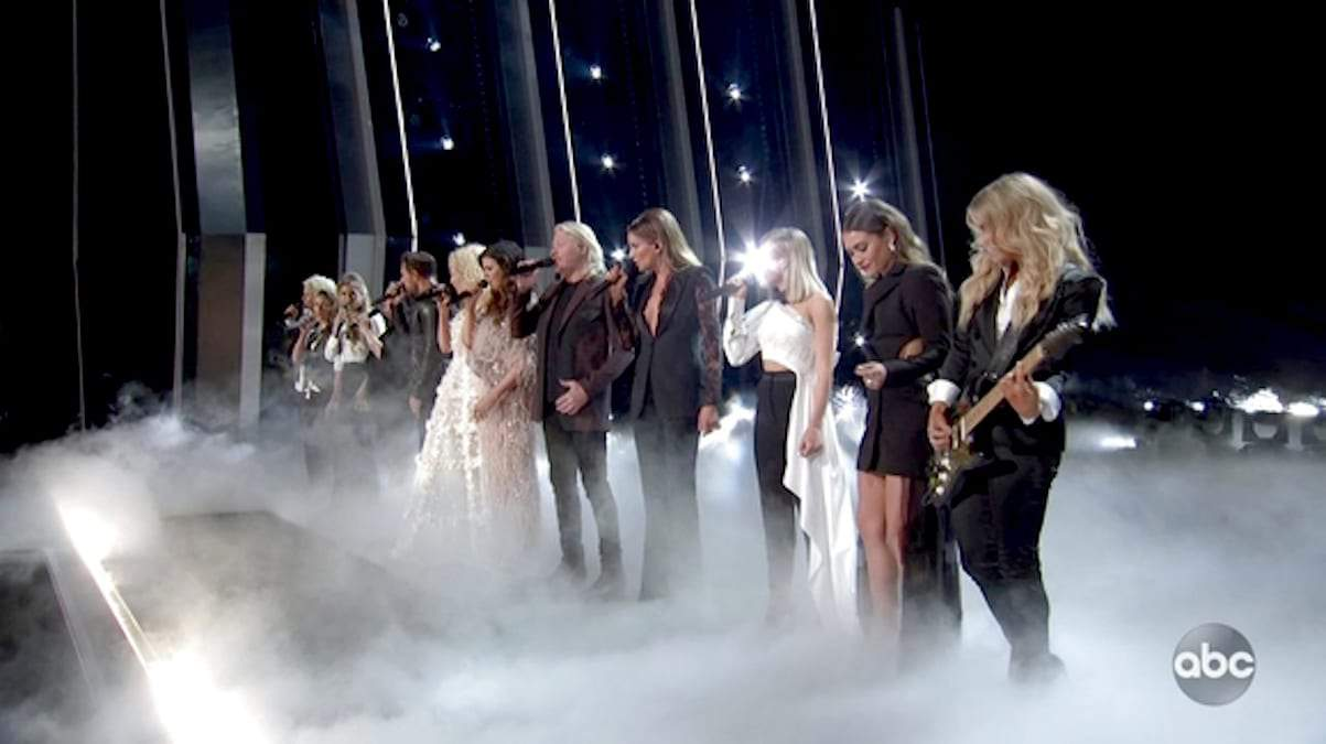 Girl Crush performance at the 2019 CMAs