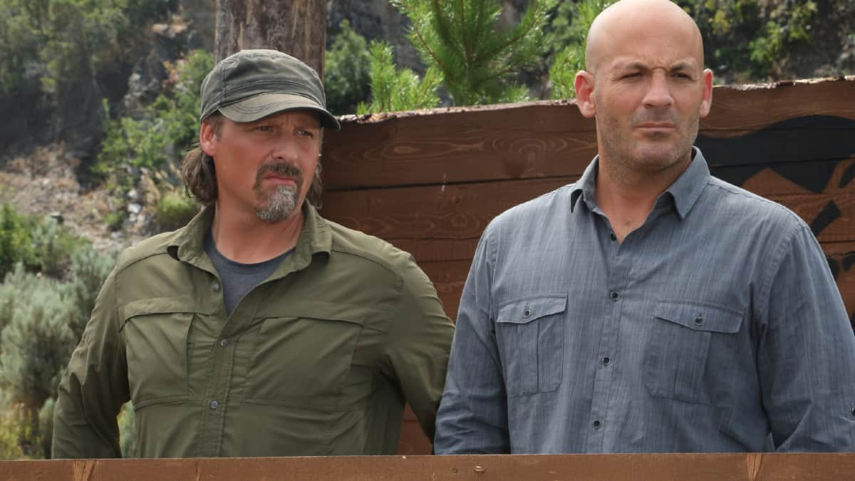 Casey Anderson (left) pairs with Brandon Tierney to offer informative commentary as the humans take on the bears. Pic credit; Discovery.