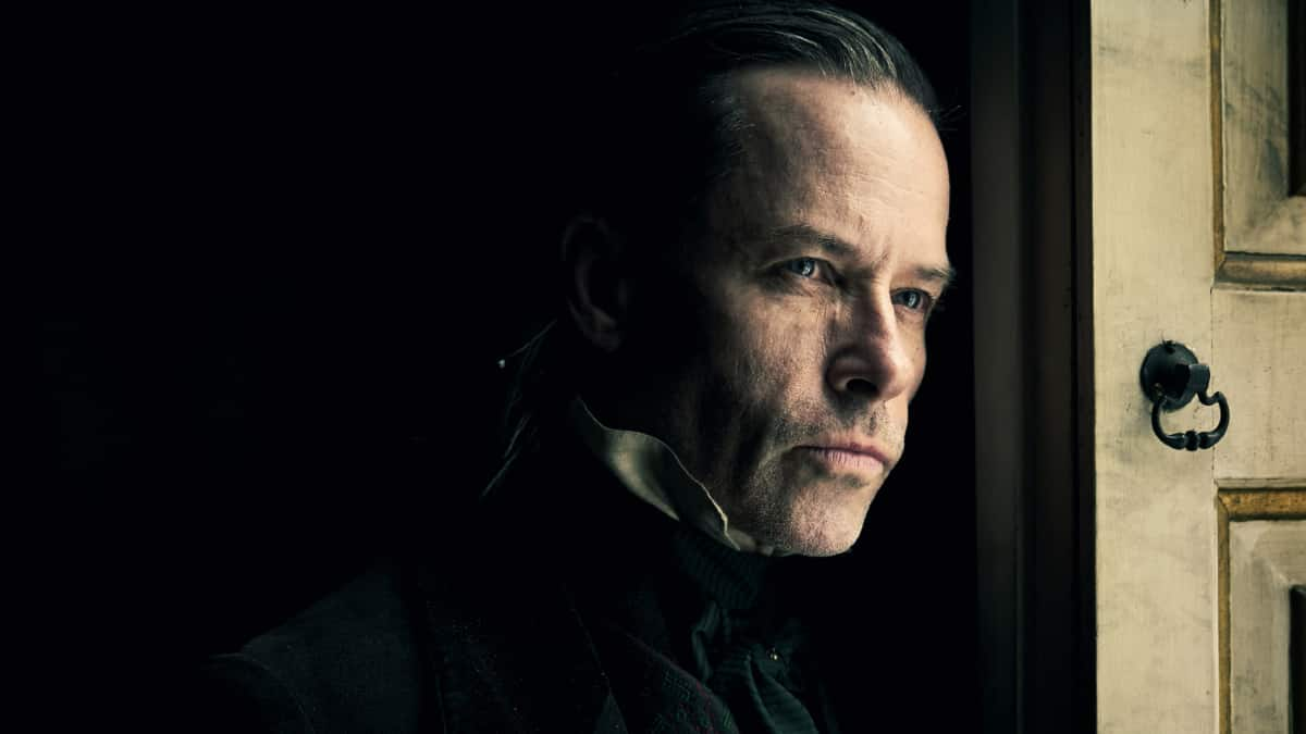 Guy Pearce as Scrooged paints a new portrait of this antihero who finds redemption. Pic credit: Robert Viglasky/FX