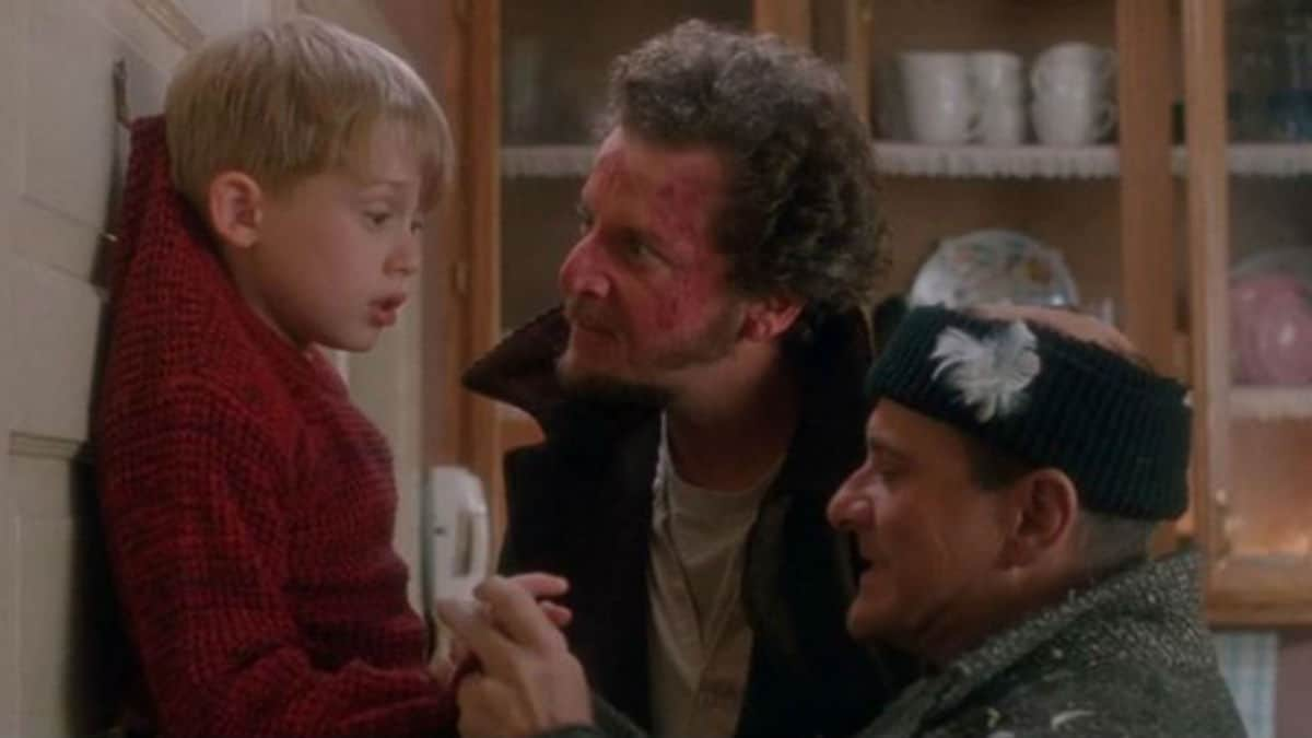 Archie Yates, Ellie Kemper and Rob Delaney cast in Disney+ Home Alone reboot.