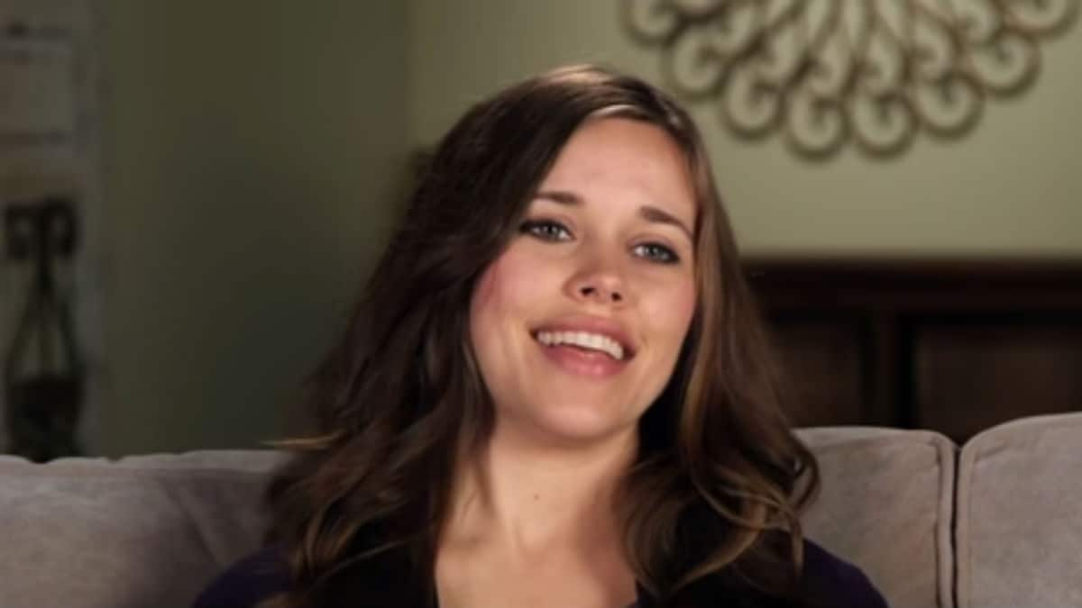 Jessa Duggar in a Counting On confessional.