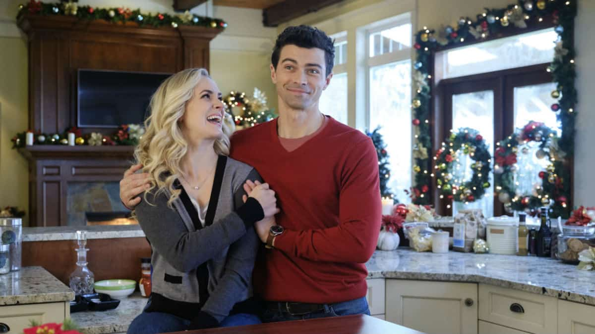 Holiday Date is the new Hallmark Christmas movie starring Matt Cohen.