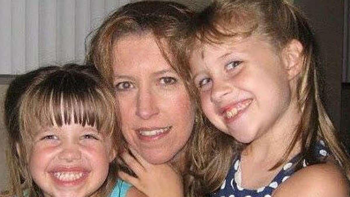 Michelle Mockbee and her children