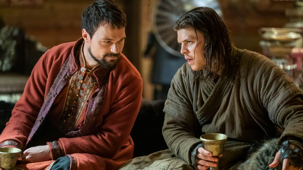 Danila Kozlovsky as Prince Oleg and Alex Hogh Andersen as Ivar the Boneless