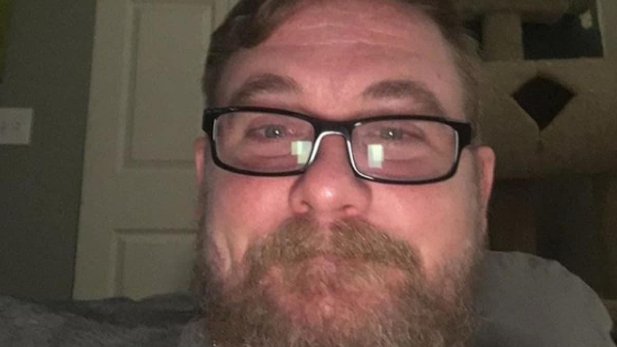 Jon Comer posing for a selfie