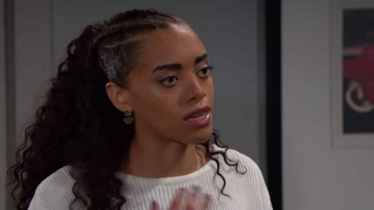 Kiara Barnes as Zoe on The Bold and the Beautiful.
