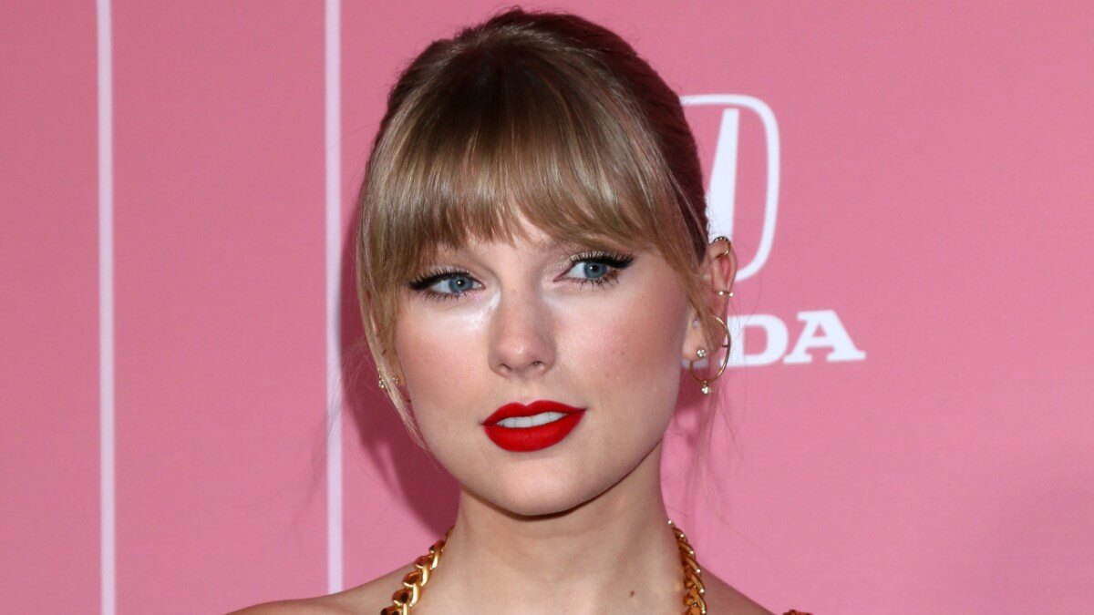 Taylor Swift reveals past eating disorder