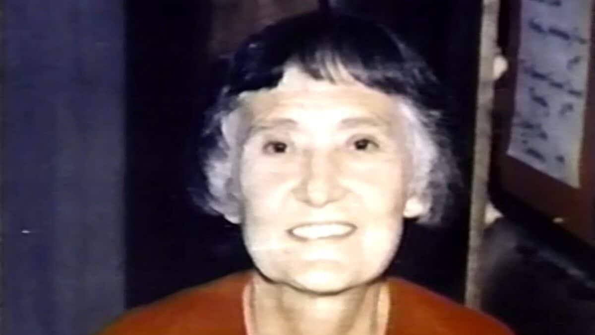 Close up photo of Doe Roberts