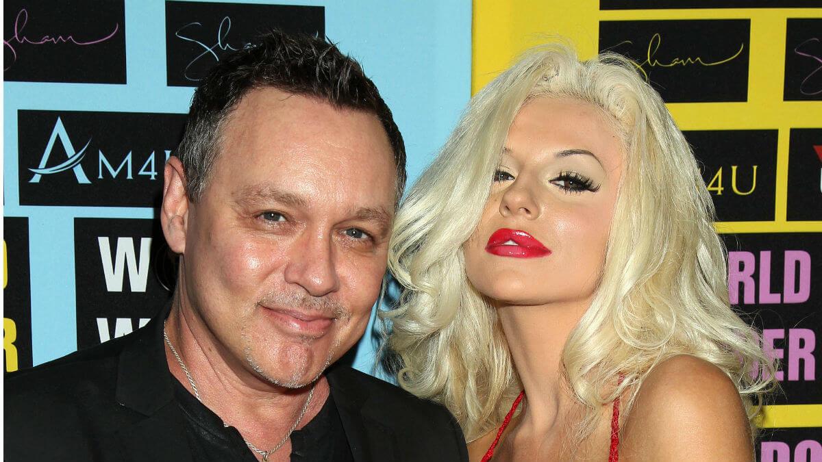 Courtney Stodden and Doug Hutchison divorce