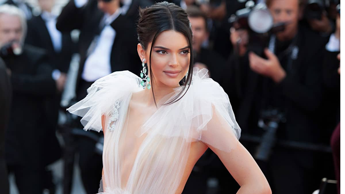 Kendall Jenner reunites with ex Ben Simmons for a date.
