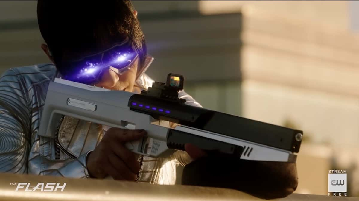 A new meta-villain threatens Team Flash with purple lasers. Pic credit: The CW