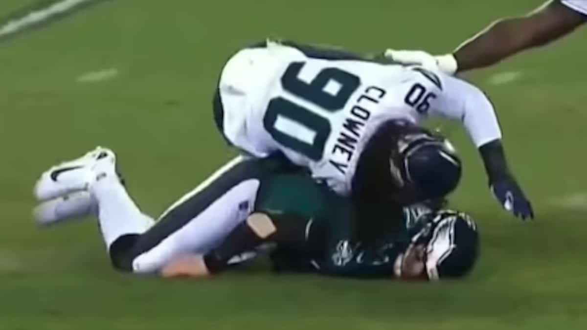 carson wentz suffers head injury after hit from jadeveon clowney