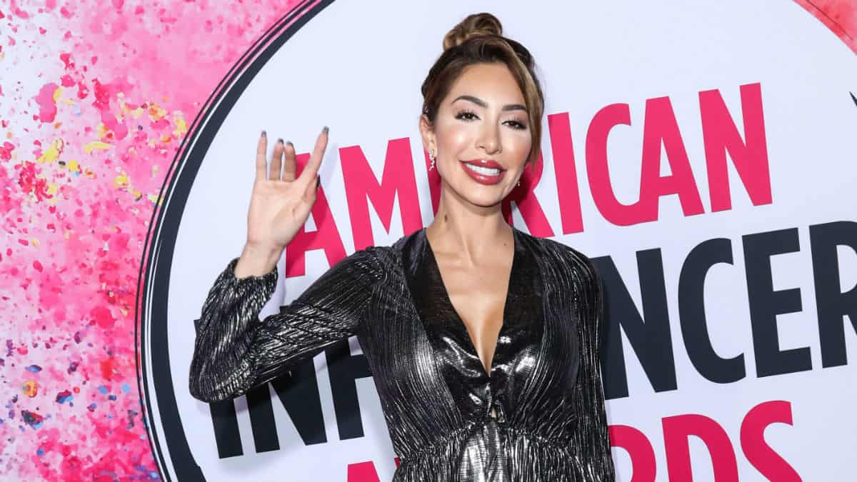 Farrah Abraham looks unrecognizable.