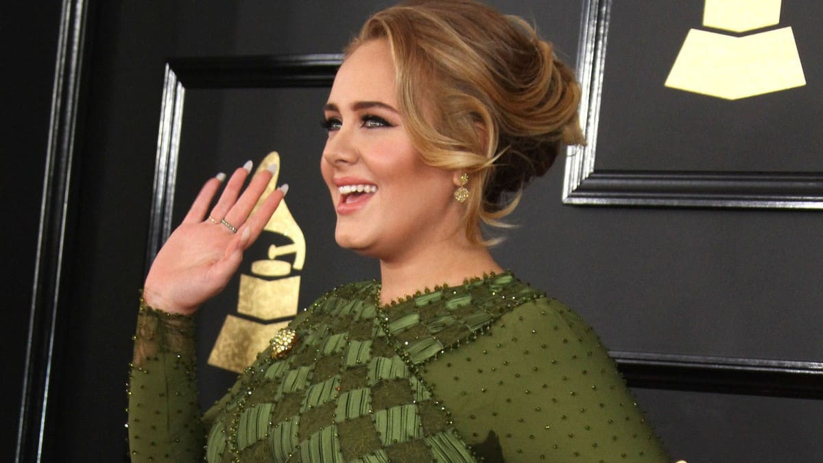 Adele uses Sirtfood Diet for 100-pound weight loss.