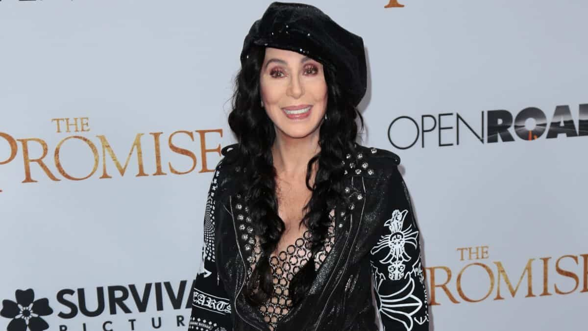 Cher shares diet and fitness for doing a 5-minute plank at 73.