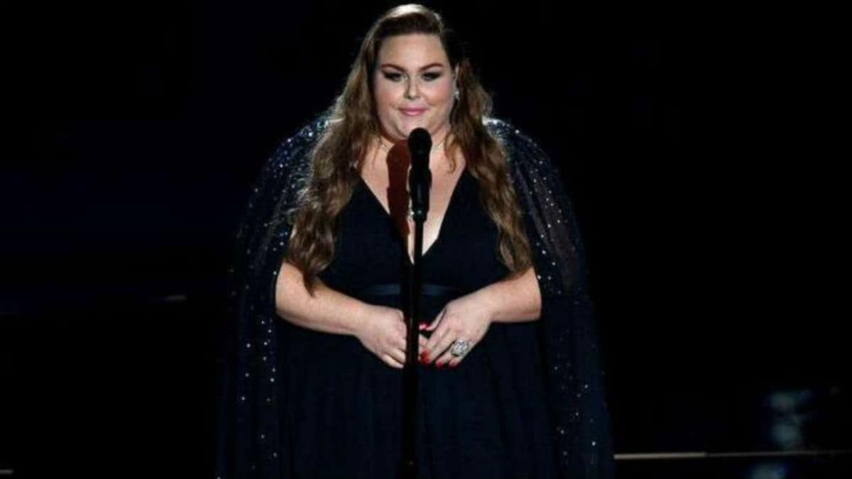 Chrissy Metz gave an outstanding performance at 2020 Oscars.