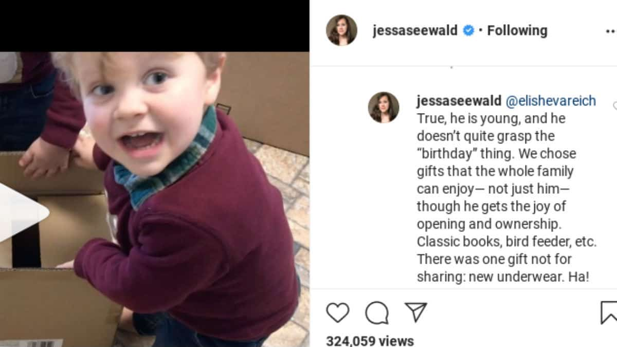 Jessa Duggar comments back on IG.