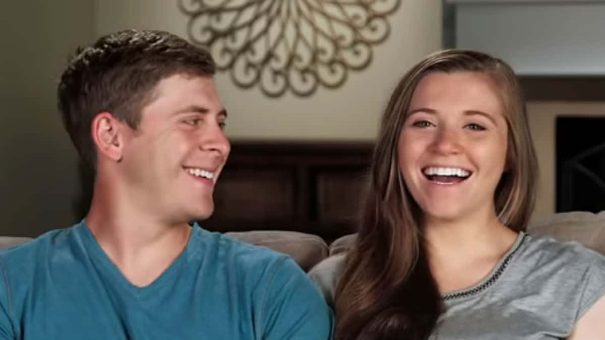 Austin Forsyth and Joy-Anna Duggar in a Counting On confessional