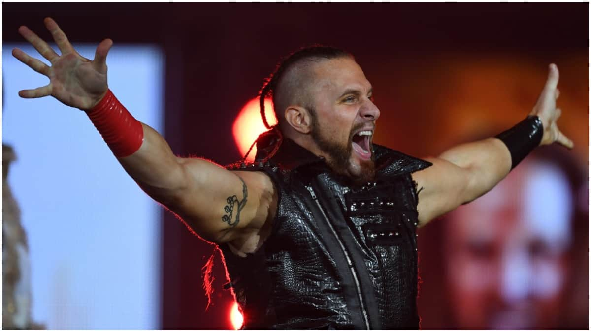 AEW signs former NJPW champion Lance Archer