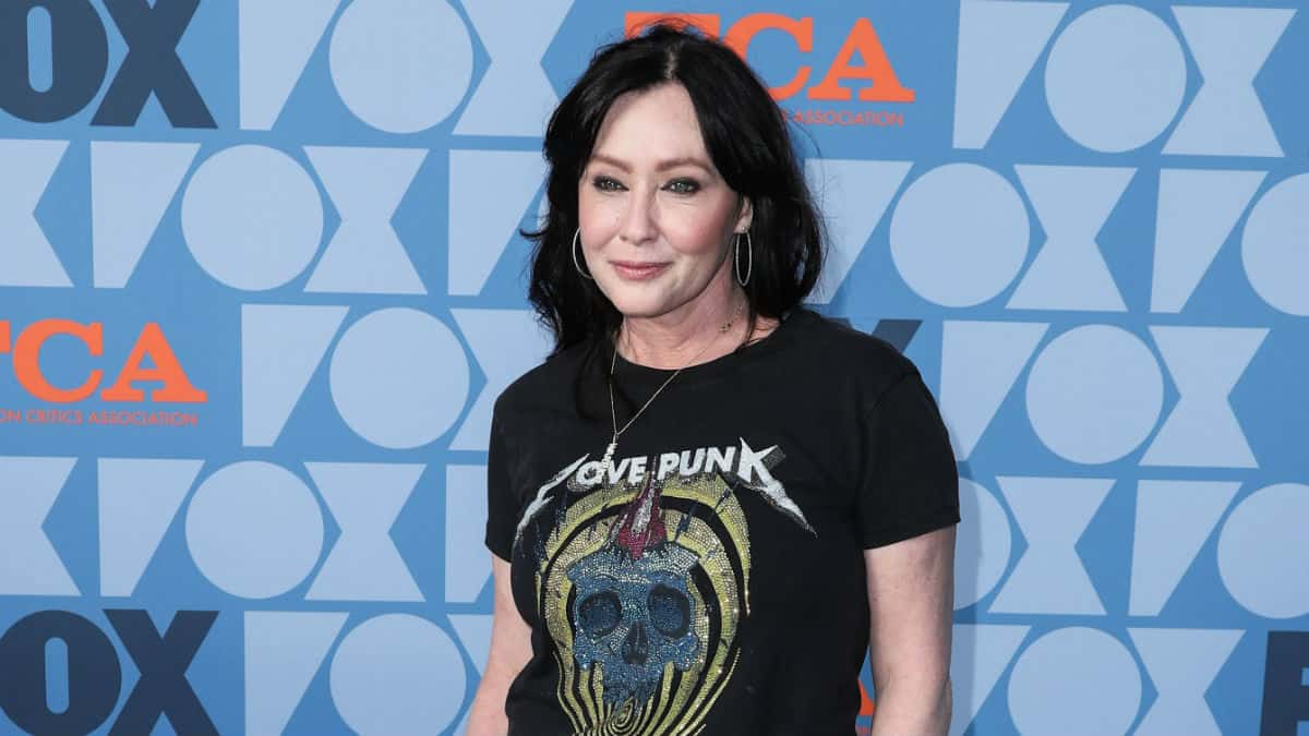 Shannen Doherty is battling stage 4 breast cancer.