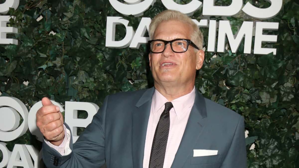 Drew Carey on the red carpet